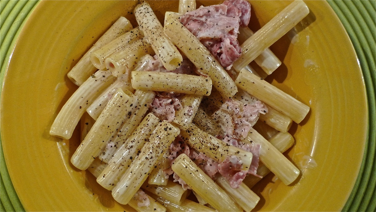 What's Burning: Creamy Prosciutto Cotto-Arrosto Pasta