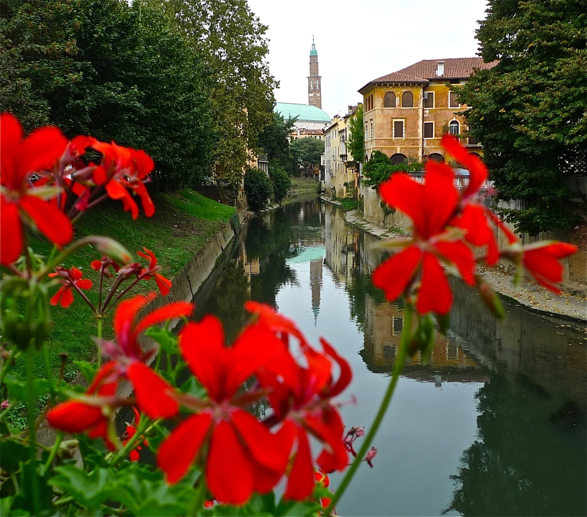 Good Sights: Italy - Vicenza - The City of Palladio (Video)