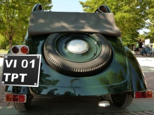 TPT license plate | ©Tom Palladio Images