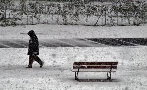 Shufflin' through the Snow