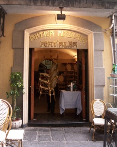 l'Antica Pizzeria Port'Alba - Naples, Italy | photo by Alexandra Hamer, in the Public Domain