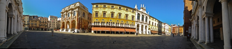 Piazza dei Signori - Vicenza, IT | ©Tom Palladio Images