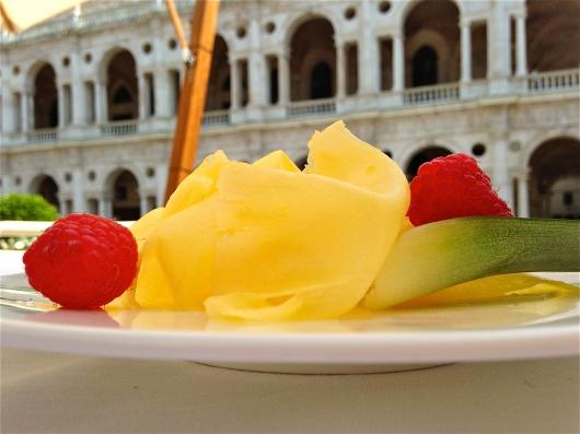 Carpaccio d'Ananas - Caffe Ristorante Garibaldi - Vicenza, Italy | ©Tom Palladio Images