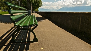 Lakeview Bench - Lac Leman - Ouchy, CH | ©Tom Palladio Images