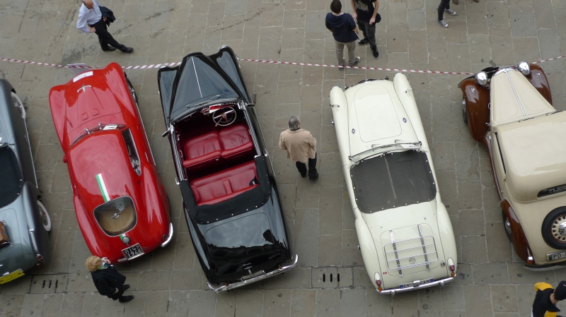 From rooftop to rooftop - Classic Car Show - Vicenza, Italy |n ©Tom Palladio Images