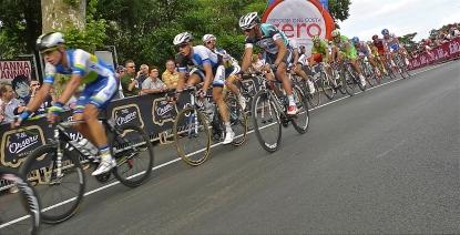 Racing by - Giro d'Italia 2013 | ©Tom Palladio Images
