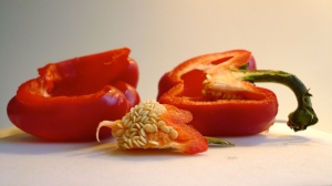 Cored bell pepper   ©Tom Palladio Images