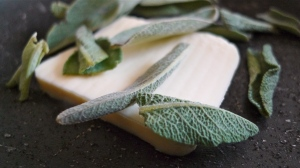 Butter & Sage into the pan | ©Tom Palladio Images