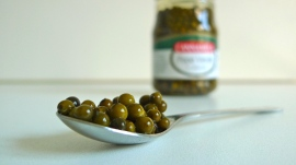 Brined green peppercorn | ©Tom Palladio Images