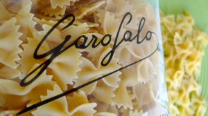 Bag of dried Garofalo farfalle pasta | ©Tom Palladio Images