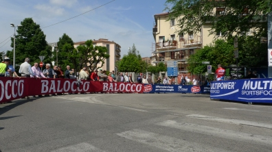 Spectators line the route - Giro d'Italia 2013 | ©Tom Palladio Images