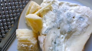 Parmigiano and Gorgonzola cheese | ©Tom Palladio Images