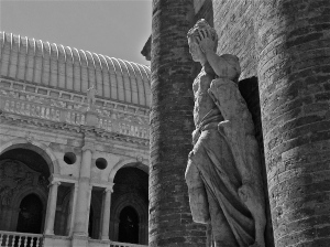 Vicenza in Black & White | ©Tom Palladio Images