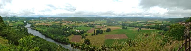 Panoramic view of the Dordogne | ©Tom Palladio Images