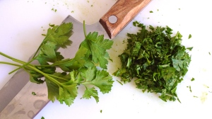 Chopped parsley | ©Tom Palladio Images