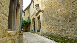 Sarlat, France |©Tom Palladio Images