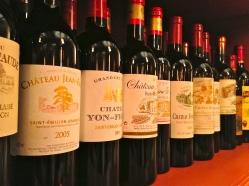 Vin rouge of St. Emilion, France | ©Tom Palladio Images