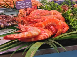 Macros at the Market - Libourne, France | ©Tom Palladio Images