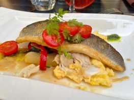 Dinnertime in France | ©Tom Palladio Images