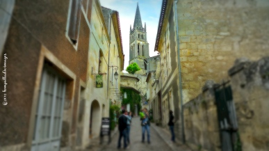Street scene - Saint-Emilion, FR | ©Tom Palladio Images