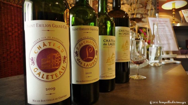 Wine tasting - Chateau des Laudes - Saint-Emilion, FR | ©Tom Palladio Images