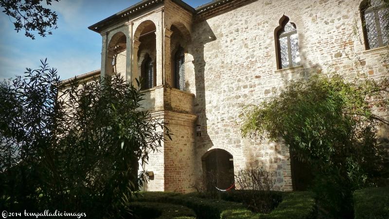Arquà: Petrarch Slept Here | ©Tom Palladi