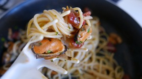 Spaghetti with Mussels | ©thepalladiantraveler.com