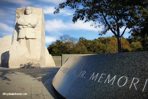 DC Monumental 11